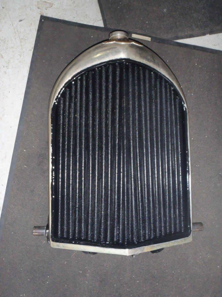 bentley-radiator-2